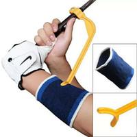 golf training hilfe schaukel großhandel-Mini Portable Training Guide Gestenausrichtung Aids für Golfsport Praxis Swing Handgelenk Korrekte Hilfsmittel Praktisch und Licht 3tx ZZ