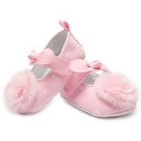 0dc228fce863a Nouveau-né Bébé Chaussures Chaussons Pour Bébé Prewalker Coton En Cuir Rose  Fleurs Bébé Chaussures Filles Semelle Souple Mocassins Enfants Chaussures
