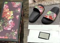 zapatillas de zapatos al por mayor-Las mejores mujeres de los hombres sandalias con la caja correcta de la flor Bolsa de polvo Zapatos del diseñador impresión de la serpiente Deslizador de lujo Moda de verano Amplias sandalias planas Zapatilla