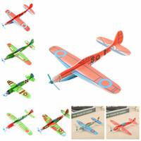 diy oyuncak uçak modeli toptan satış-Çocuk Sihirli Uçan Planör Uçak Düzlem El Atmak Köpük Geri Uçak Çocuklar DIY Eğitim Havacılık Modeli Oyuncaklar Yenilik Öğeleri GGA1205