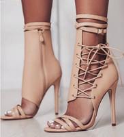 botas abiertas stiletto al por mayor-Tamaño grande verano sandalias sexy punta abierta negro albaricoque hebilla del cinturón gladiador stiletto tacones altos botas de cuero discoteca zapatos para mujeres