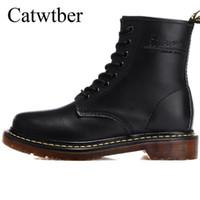 botas de vestido britânico venda por atacado-Catwtber Primavera / Inverno Pele Quente Sapatos de Negócios Vestido Botas dos homens Ankle Boots Moda Britânica Brogues Couro Macio Casual