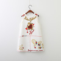 Wholesale designer baby clothes - Designer Logo Baby Girl s Clothes Elegant Floral Printed Dress Sleeveless Skirt Kids Cute Dresses Luxury Heart Logo Baby Girl s Clothing