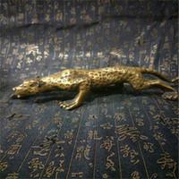 estatuas de leopardo al por mayor-Leopardos antiguos Bronce Escultura Cubismo Panthers Estatua Manual Grabado de Metal Artesanías Regalos Muebles Ornamento Decoración del hogar 88yp bb