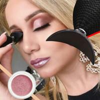 maquillaje de sombra de ojos mágico al por mayor-Nueva moda de belleza Magic Eyeshadow Stamp Crease Lazy Maquillaje Aplicador de silicona Sombra de ojos Stamper Herramientas Populares Perfact Tools