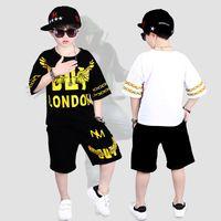 çocuklar dans kıyafetleri toptan satış-Çocuk Sokak Dans Giyim Çocuklar için Erkek Kız Iki Parçalı Set Gençler Spor Takım Elbise Yaz Hip Hop Kostümleri