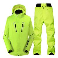 combinaison de ski verte achat en gros de-Costume de ski vert fluorescent imperméable coupe-vent hiver vestes de neige en plein air + pantalons costume de snowboard professionnel ensembles hommes
