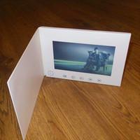 tarjetas de felicitación universales al por mayor-Folleto de pantalla de 7 pulgadas Tarjetas de felicitación de video universales Tarjetas de publicidad de video de diseño de moda viendo folletos (hyh-3070)