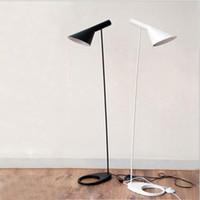 светильники для дома оптовых-Nordic Design Черный Белый AJ Торшеры E27 Светодиодная Лампа Металлический Напольный Светильник для Гостиной Краткое моде домашнего освещения Спальни