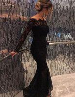 ingrosso manica lunga del vestito da cocktail del collo del bateau-Abiti da cocktail con scollo a V con maniche lunghe e maniche lunghe in pizzo nero arabo sexy alla spalla