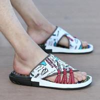 sapatos de verão sandal china venda por atacado-New Wheresroad Verão Chinelos Men Cool China Estilo dos homens Sapatilha Sandálias Casuais À Prova de Skid-Camuflagem Moda Praia Sapatos