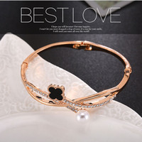 Wholesale White Pearl Bangles - Japanese and Korean version of the minimalist bracelet micro-diamond lucky four-leaf clover pearl adjacent to the multi-fashion trendy wild