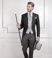 düğün için erkekler yelek ceket toptan satış-Yeni Serin Siyah Damat Smokin Erkekler Düğün Tailcoat Damat Suit En İyi Erkek Takım Elbise swallow-tailed Coat (Ceket + Pantolon + yelek)