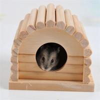 hamster yuvası toptan satış-Ahşap Hamster Kafesi Evi Yeni Yaratıcı Sincap Totoro Yuva Küçük Hayvan Malzemeleri Yüksek Kalite 7 5za C R