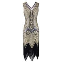 Vintage 1920er Jahre Flapper Great Gatsby Kleid 2018 Sommer Fancy Kostüme V- Ausschnitt Flügelärmeln Pailletten Fringe Party Midi Kleider 2335f221b1