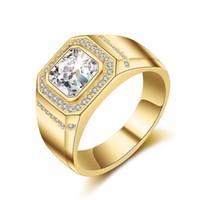 anillos de boda para hombre chapados en oro al por mayor-Lujo para hombre de oro anillo de bodas 925 de plata chapado con grandes diamantes de boda CZ joyas de cristal para hombres