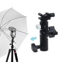 klammer blinkt großhandel-Großhandel Kamera Swivel Bracket Shoe Regenschirm Halter Flash Light Stand Adapter Halter Fotostudio Zubehör