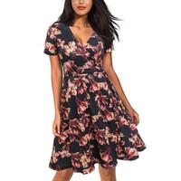 vestidos de mujer al por mayor-Una línea de vestido floral Vintage Print Floral Women's Dresses 2018 50s Summer Deep V Neck manga corta negro Dress Bolsillos