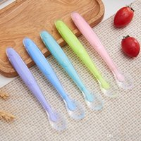 Wholesale feeding baby products resale online - Soft Head Training Spoon Baby Feed Silicone Long Handle Spoons Maternal And Infant Products Tableware Suit With Multi Color jt jj
