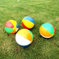 çocuklar için en iyi spor hediye toptan satış-Şişme Plaj Topu 6 Renk Çizgili Gökkuşağı Açık Su Sporları Balon Çocuklar Için En Iyi Hediye 23 cm Çapı 1bx W