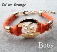 goldkette lederarmbänder großhandel-Frauen Charm Armband Handmade Retro PU Lederarmband Männer Frauen Modeschmuck Gold Kette Multilayer Armband B005