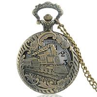 ingrosso orologi in bronzo per le donne-Classico Vintage Bronze Train Intagliato Hollow Steampunk Quartz Pocket Watch Retro Uomini Donne Collana gioielli ciondolo regali