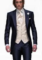 ingrosso vestito da sposa blu navy-2018 Custom Made Tailcoat Morning Mens Abiti da sposa Blu navy Smoking dello sposo Smoking da sposa Groomsmen Vestito 3 pezzi Best Men Suit Bridegroom