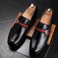 Wholesale box office new - Ship With Box!!!New Fashion Men's Casual Loafers Genuine Leather Slip-on Dress Shoes Handmade Smoking Slipper Men Flats Wedding Party Shoes