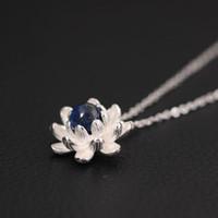 colliers perles chine achat en gros de-24k or china vent folk style collier pendentif perle 925 Sterling Silver Lapis pendentif chaîne en gros paragraphe femelle lotus clavicule