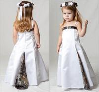 robe longue et étroite achat en gros de-Belle Realtree Camo Robes De Fille De Fleur pour la Fête De Mariage Sur Le thème de la fille de fleur portent la sangle mince Custom Made Kids Pageant robes