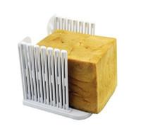molde de pão venda por atacado-Pão de Plástico Slicer Ferramentas De Cozimento De Cozinha Gadget Montar Tipo Toast Pão Cortador De Sanduíche Criativo Mould Mold Ferramentas De Cozimento De Cozinha 4 5 t Z