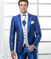 blaue glänzende hose großhandel-Brand New Shiny Blue Männer 3 Stück Anzug Hochzeit Smoking Hohe Qualität Bräutigam Smoking Peak Revers One Button Männer Blazer (Jacke + Pants + Tie + Vest) 585