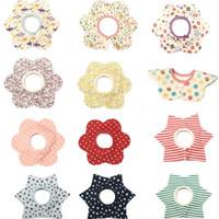 baby lätzchen stern großhandel-20 Farben Baumwolle Stern Blume Baby Lätzchen Säuglingsspeicheltücher Lätzchen Spucktücher Baby Wasserdichte Lätzchen