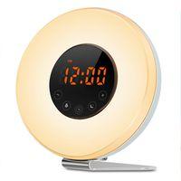radio fcc al por mayor-Despertador Despertar Luz USB Recargable Luz nocturna Amanecer / atardecer Simulación Alarma Radio Reloj con función de repetición