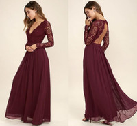 uzun kollu bordo gerdansız elbise toptan satış-Bordo Şifon Gelinlik Modelleri Uzun Kollu Batı Ülke Stil V Yaka Backless Uzun Plaj Dantel Üst Düğün Parti Elbiseler Ucuz