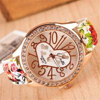 любовь часы наручные часы оптовых-Love Gift Heart Pattern Flower Women Watch Fashion Casual Golden Bling Crystal Analog Quartz Watch Women WristWatch Quartz-Watch