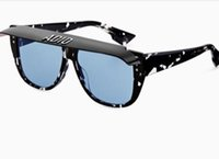Novos Óculos De Sol Grande Quadrado Óculos De Sol Dos Homens 2018 Mulheres  Marca Óculos De Sol De Luxo para Condução Ou Praia para As Mulheres Pista  De Sol ... f0619ad271