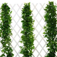 hiedra colgante artificial al por mayor-5 unid Plantas Artificiales Hojas de Hiedra Garland Verdor Seda Falsa Colgando Plantas para la Cerca de la Pared Boda Home Garden Exterior Decoración de Interior