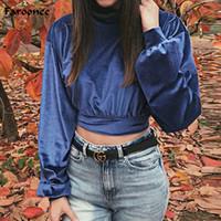 camisa de cuello alto de terciopelo al por mayor-Faroonee Velvet Blue Crop Top Tees Camisetas Femeninas 2018 Otoño Cálido Turtleneck Manga Larga Tops Flojos Streetwear Tops 6Q0778