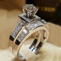 anel de noiva coração conjunto venda por atacado-Simulação feminina de Cristal Rodada Anel Set Corações De Luxo Anel De Noivado Do Vintage Anéis De Casamento De Noiva Para As Mulheres Moda 2018