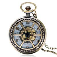 cadenas huecas masculinas al por mayor-Patrón de flor de bronce Hollow cuarzo reloj de bolsillo Fob reloj colgante con collar de cadena regalos para hombre mujer