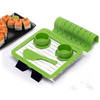 machen rolle großhandel-DIY Sushi Quik Making Kit Geschirrspüler Sicherheit Reis Roller Form Cutter Set Für Home Küche Kochen Zubehör Kreative 24 yb BB