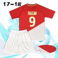 Wholesale Men Suit Garment - 17-18 football suit, No. 9 shirt, short sleeved garment, processing name and number. Free delivery fee!