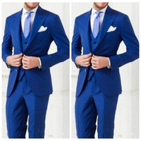 hombre vestido con chaleco formal al por mayor-Top Sale 2018 Custom Men Suit Best Fitted Groom Tuxedos Trajes formales Business Men Wear Groomsmen Wear (Chaqueta + Pantalones + Corbata + Chaleco)