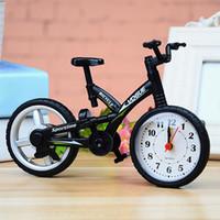 настольные пластиковые дети оптовых-Gifts Children Stylish Kids Bedroom Battery Operated Desktop Decoration Mute Bicycle Shape Table Alarm Clock Fashion Plastic