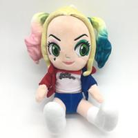 dolmalık palyaço oyuncakları toptan satış-25 CM Yeni İntihar Kadro Peluş Oyuncaklar Harley Quinn Palyaço Sayfalar Bebekler Cadılar Bayramı Noel Hediyesi Oyuncak Çocukla ...