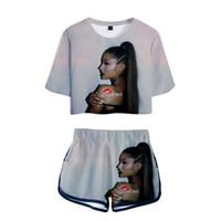 albüm setleri toptan satış-Ariana Grande Bayanlar Baskılı Kadın Setleri Yeni Albümü Boy Göbek kısa kollu ve Kısa Pantolon O-Boyun Yaz Seti XXS-2XL