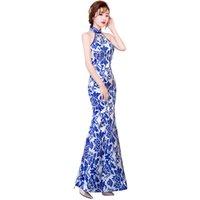 sin respaldo cheongsam al por mayor-Shanghai Story Vestido de estilo chino Largo Qipao Sin espalda Ojo de la cerradura Vestido de porcelana azul y blanco Vestido de sirena Cheongsam para Mujeres
