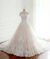 novias vestidos elegantes simples al por mayor-Nuevo 2019 Vestidos de Novia Princesa Pavo Blanco Apliques Rosa Satinado Dentro Elegantes Vestidos de Novia Más Tamaño