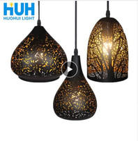 ingrosso vasi da fiore moderni-Lampada a sospensione Loft Nordico poroso E27 LED Lampada da tavolo in ottone con incisione in ferro